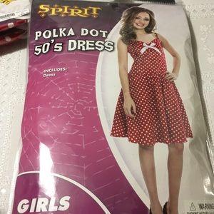 🆕 Polka Dot 50's dress, Medium 8-10, Ages 7+